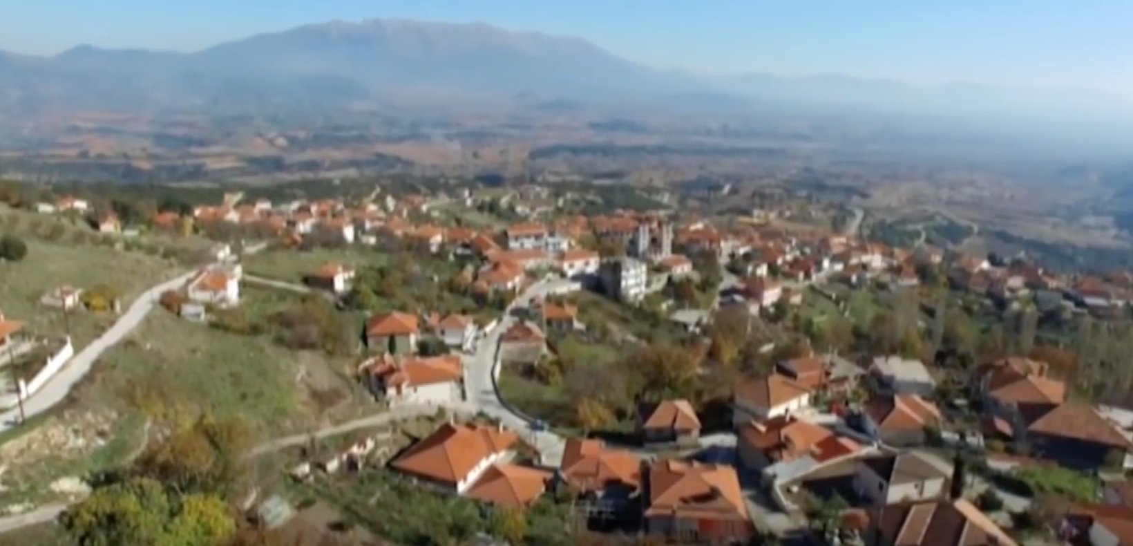 Building Communities of Commons in Greece: Sarantoporo